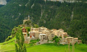Spain-Pyrenees-Village